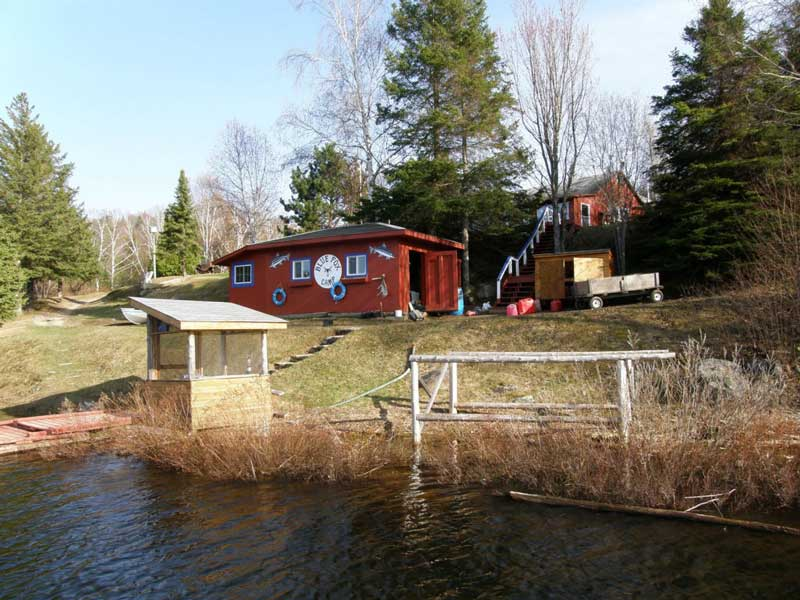 cabins at Blue Lake Camp - trout fishing lodge on Lake Kirkpatrick